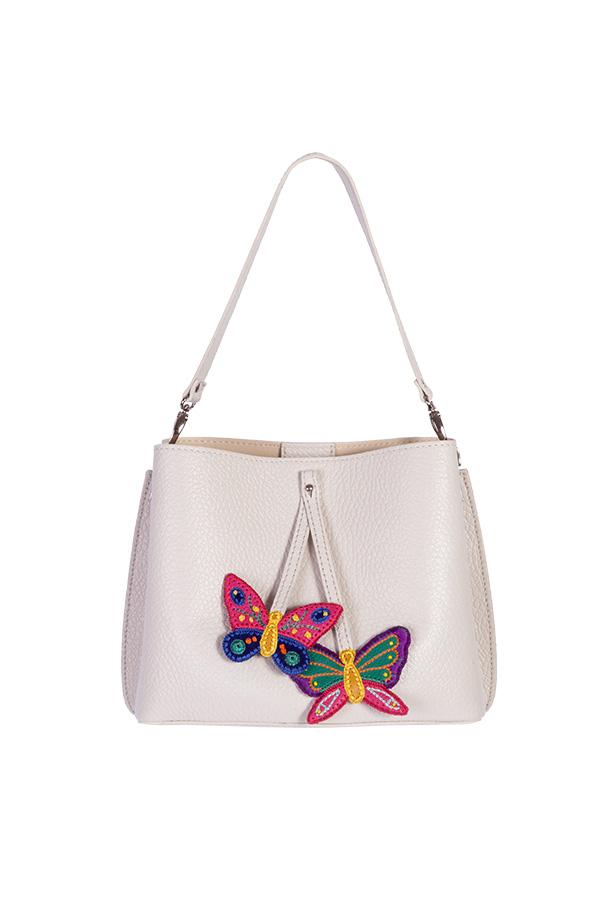 Кожаная женская сумка м.59 кремовая с комплектом подвесок