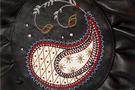Фото 4 Кожаная женская  сумка-клатч №44 Пейсли, чёрная в интернет-магазине Unique U дизайнера Елены Юдкевич